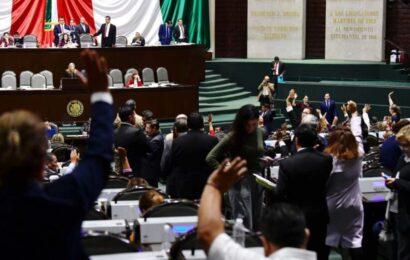 """AMLO critica maniobra del PT para presidir la Cámara; """"se puede, pero no se debe"""""""