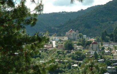 Inicia Alejandro Murat gira por la Sierra Norte de Oaxaca