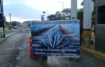 Productores Comunitarios de Santiago Tilantongo toman la Caseta de Huitzo