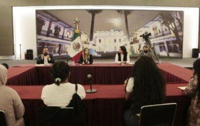 Feministas acuden a dialogar con Sánchez Cordero pero sin negociar 'okupa'