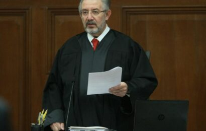 Proyecto en la Corte rechaza consulta sobre ex presidentes