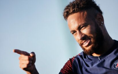Neymar vuelve a los entrenamientos tras su positivo por COVID-19
