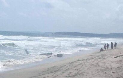 Se desploma avioneta en aguas de San Pedro Huamelula; no se reportan víctimas
