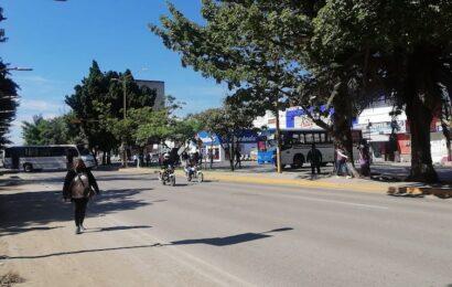 Con bloqueos, STEUABJO desquician parte de la capital oaxaqueña