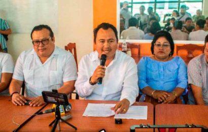 Amenaza nuevamente cabildo de Juchitán con plantón en Palacio de Gobierno