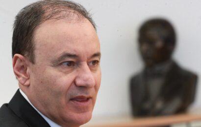 Formaliza el Senado posposición de comparecencia de Durazo