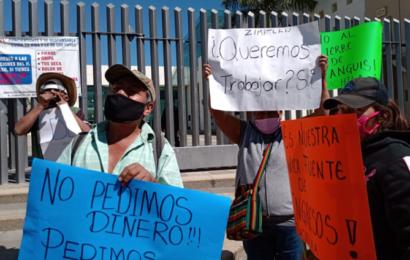 "Comerciantes de Zimatlán pide reapertura de ""tianguis"""