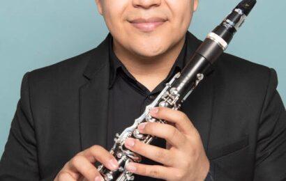 Emiliano Mendoza, clarinetista zapoteca con nombramiento de «Vandoren Paris»