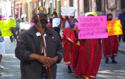 Acusan a presidente de Juxtlahuaca de no entregar recursos a sus agencias