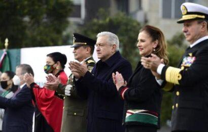 No se avanzó en conseguir la democracia con la Revolución Mexicana: AMLO