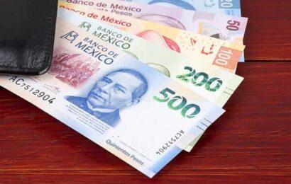 Coparmex propone aumento del salario mínimo a 128.15 pesos para 2021