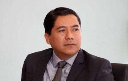 Exrector se ampara contra la fiscalía de Oaxaca