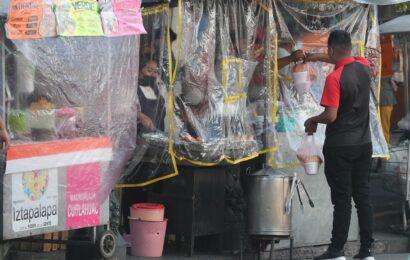 Descarta AMLO regresar al cierre de comercios por pandemia