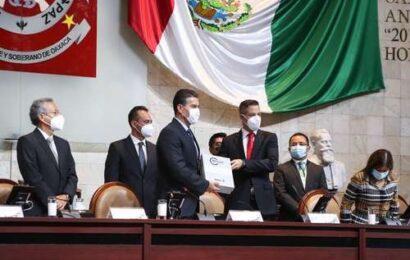 Murat: Oaxaca crece a ritmo de 3% pese a la pandemia