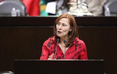 """Asume Tatiana Clouthier reto como titular de la Secretaría de Economía; afirma lo hace """"con gusto y compromiso"""""""