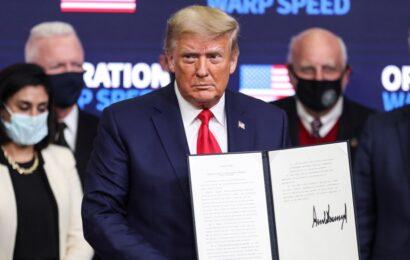 Firma Trump decreto para priorizar a EE.UU. en reparto de vacunas contra COVID-19