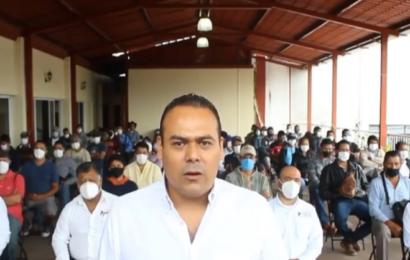 Exhiben a edil de Miahuatlán por organizar reuniones en estado de ebriedad y en plena pandemia
