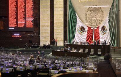 Se considerará mexicanos por nacimiento a los hijos de padres mexicanos que nazcan en el extranjero
