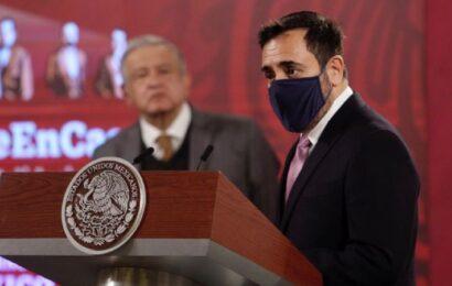 AMLO designa a Arturo Reyes Sandoval, creador de vacunas, como director del IPN