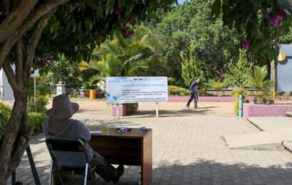 Mantienen parques públicos estrictas medidas ante COVID 19