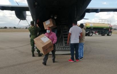 Arriba a Oaxaca segundo cargamento de vacunas contra el COVID-19