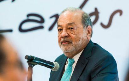 Dan de alta a Carlos Slim tras contagio de COVID-19; continúa recuperación en casa