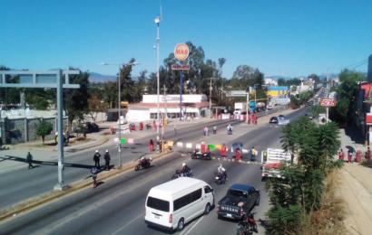 MULTI instala bloqueos en Oaxaca y protesta en CDMX; piden seguridad en Tierra Blanca