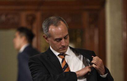López-Gatell viajó a Argentina para observar experiencia con la vacuna, dice el presidente