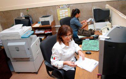 """Pese a """"austeridad"""", crece número de burócratas en Oaxaca; se paga en nómina, más de 5 mil mdp"""