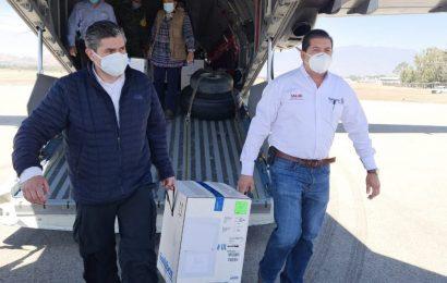 Llegan 20 mil vacunas Pfizer a Oaxaca para segunda dosis al personal de salud