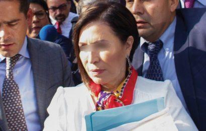 Desiste FGR de acusar a Rosario Robles por uso indebido del servicio público; buscan llegar a acuerdo