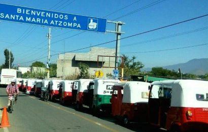 En Santa María Atzompa, aplicarán pruebas PCR a taxistas y mototaxistas