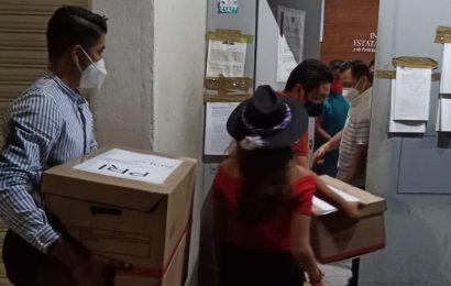 «Va por Oaxaca» registra sus candidatos a diputados y ediles en Oaxaca