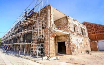 Palacio municipal de Juchitán, con 30% de avance: Murat