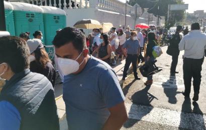 Vacunan a adultos mayores en la capital oaxaqueña; fue larga la espera