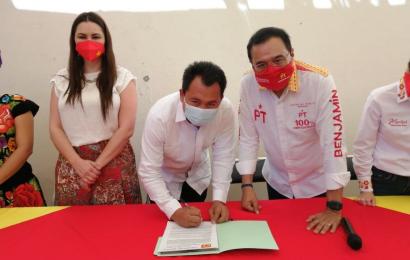 Emilio Montero hace oficial que buscará la reelección de Juchitán por el PT