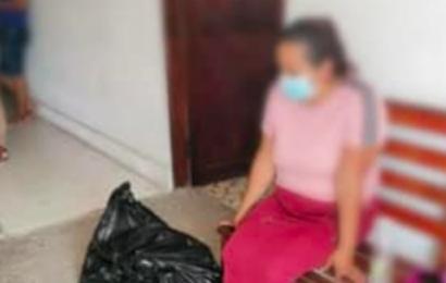 Destituyen a funcionario que entregó restos de víctima en bolsas de plástico