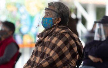 Viernes reinicia vacunación en 11 municipios de Oaxaca