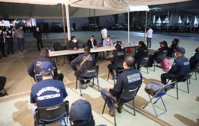 Entregan primeras respuestas a la Policía estatal; En la madrugada recesan diálogo