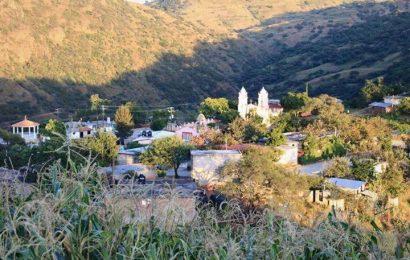 En Zahuatlán no quieren vacunarse contra la covid: temen morir