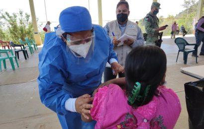 Tres municipios de Oaxaca iniciarán con la segunda dosis de vacuna en adultos mayores