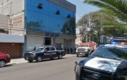 Presencia de normalistas genera movilización policíaca en oficinas de SSP