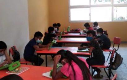 Podría ser político el regreso a clases presenciales en escuela Quigolani