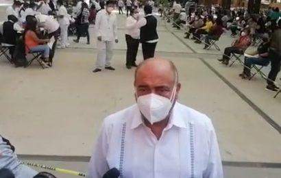 Entrega propuestas IEEPO a normalistas; espera termine bloqueo al aeropuerto