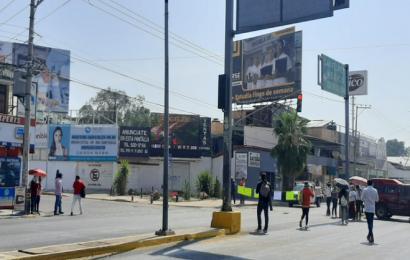 Sindicalizado del STTCEO y Sol Rojo sitian crucero de Fonapas