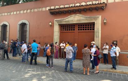 Pobladores de Ocotlán y Cuilapam truenan contra Murat; exigen obras