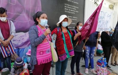 """Mujeres """"magonistas"""" instalan plantón en oficinas del INPI"""
