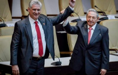 Díaz-Canel sucede a Raúl Castro como líder del Partido Comunista de Cuba