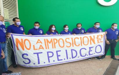 Burócratas exigen relevo de la dirigencia del SPTEICEO