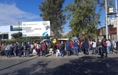 Con largas filas, arranca segunda dosis de vacuna vs COVID-19 en Oaxaca de Juárez